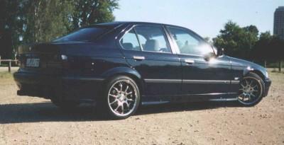 E36 318i Limo mit Chrom-Felgen - 3er BMW - E36