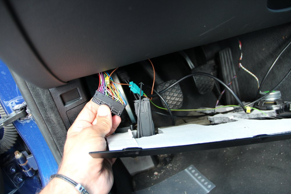 Wo Ist Denn Z 252 Ndungsplus Im Kofferraum Beim E90 Vfl E90