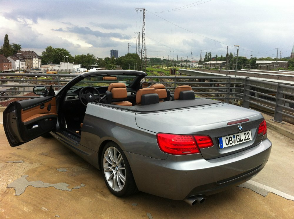 bmw 330 cabrio lci m paket 3er bmw e90 e91 e92 e93 cabrio tuning fotos. Black Bedroom Furniture Sets. Home Design Ideas