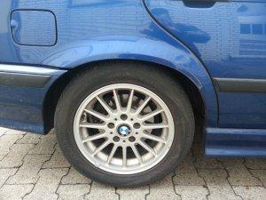 BMW Radialspeiche R32 Felge in 7x16 ET 47 mit Hankook XXX Reifen in 225/50/16 montiert hinten Hier auf einem 3er BMW E36 320i (Touring) Details zum Fahrzeug / Besitzer