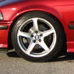 AEZ Icon 5 Felge in 7x17 ET 42 mit Bridgestone RE 050 A Reifen in 225/45/17 montiert vorn Hier auf einem 3er BMW E36 316i (Compact) Details zum Fahrzeug / Besitzer