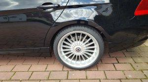 Alpina Klassig Felge in 9x19 ET 34 mit Dunlop SP Reifen in 265/30/19 montiert hinten Hier auf einem 3er BMW E91 320d (Touring) Details zum Fahrzeug / Besitzer