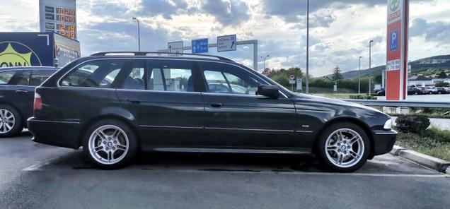 E39 525d Touring Oxford Grün 2 Metallic - 5er BMW - E39
