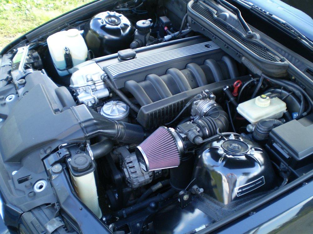 E36 328i Limousine mit M-Technik - 3er BMW - E36