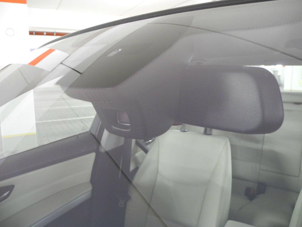 BMW E90 320i Nachrüstung Logic 7, Navi, M Paket - 3er BMW - E90 / E91 / E92 / E93