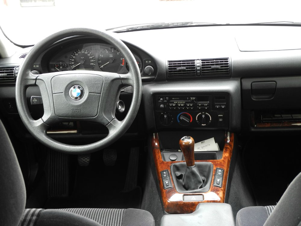 BMW E36 316i Compact Alaskablau Metallic - 3er BMW - E36