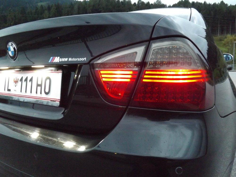 BMW E90 318i - 3er BMW - E90 / E91 / E92 / E93