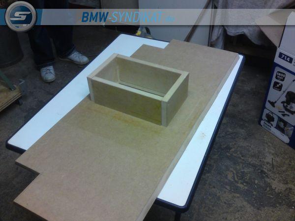 Subwoofer Maßanfertigung E46 Limo - Fotos von CarHifi & Multimedia Einbauten