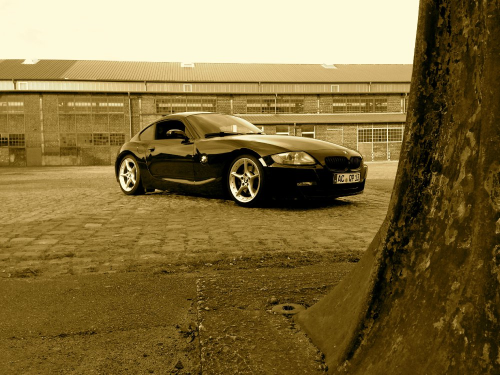 Z4 Coup 233 3 0si Carbonschwarz Bmw Z1 Z3 Z4 Z8 Quot Z4 Coupe Quot Tuning Fotos Bilder Stories