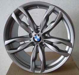 BMW Styling 434 Felge in 9x20 ET 44 mit Pirelli  Reifen in 275/30/20 montiert hinten mit 15 mm Spurplatten Hier auf einem 5er BMW F10 535i (Limousine) Details zum Fahrzeug / Besitzer