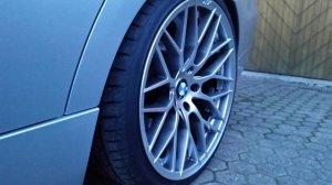 AEZ Antigua Felge in 9.5x19 ET 33 mit Hankook V12 ventus Evo2 Reifen in 255/30/19 montiert hinten Hier auf einem 3er BMW E91 320d (Touring) Details zum Fahrzeug / Besitzer
