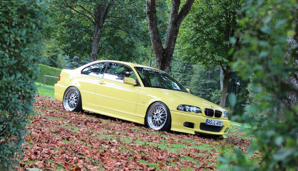 Dakargelbes Coupe - 3er BMW - E46