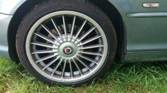 Alpina Classic II Felge in 8x18 ET 47 mit Dunlop SportMaxx Reifen in 225/40/18 montiert vorn Hier auf einem 3er BMW E46 320i (Cabrio) Details zum Fahrzeug / Besitzer