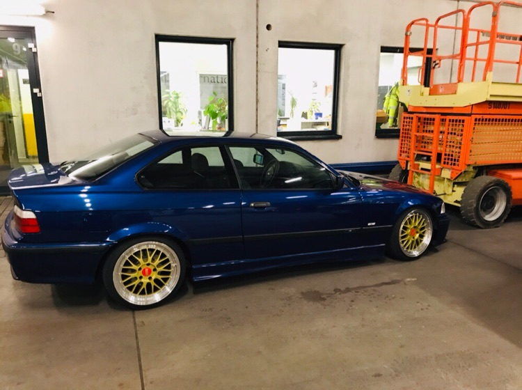 E36 , 320i Coupe , Sport Edition - 3er BMW - E36