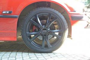 - NoName/Ebay - Carmani 9 Compete Felge in 7.5x17 ET 45 mit Dunlop sport Maxx Reifen in 215/45/17 montiert vorn Hier auf einem 3er BMW E36 323i (Coupe) Details zum Fahrzeug / Besitzer