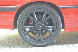 - NoName/Ebay - Carmani 9 Compete Felge in 8x17 ET 40 mit Dunlop sport Maxx Reifen in 245/40/17 montiert hinten Hier auf einem 3er BMW E36 323i (Coupe) Details zum Fahrzeug / Besitzer