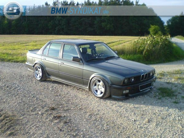 e30 327i m technik 1 3er bmw e30 4 t rer tuning. Black Bedroom Furniture Sets. Home Design Ideas
