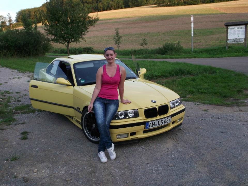 gelbe sau 3er bmw e36 coupe tuning fotos. Black Bedroom Furniture Sets. Home Design Ideas