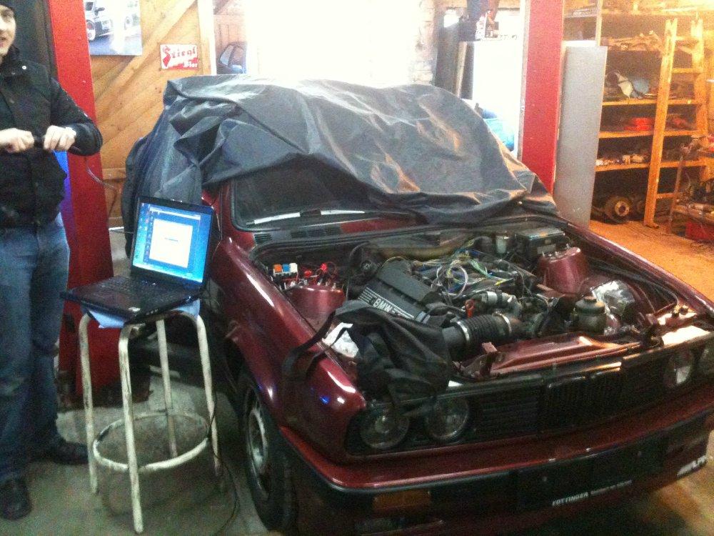 BMW E30 340i Limousine - 3er BMW - E30