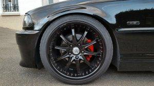 - Eigenbau -  Felge in 8.5x18 ET 40 mit BMW Barum Bravuris2 Reifen in 225/40/18 montiert vorn mit 15 mm Spurplatten Hier auf einem 3er BMW E46 323i (Coupe) Details zum Fahrzeug / Besitzer