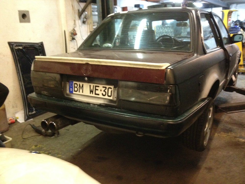 Polarweißer E30 327i katlos - 3er BMW - E30