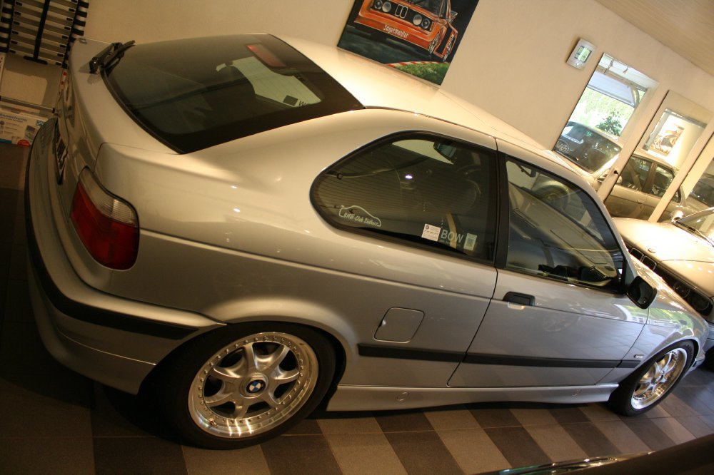 BMW E36 323tiA Compact ...im OEM-Style!! - 3er BMW - E36