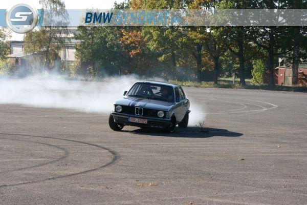 E 21 oldschoolracer - Fotostories weiterer BMW Modelle - bmwe21eppman231.jpg