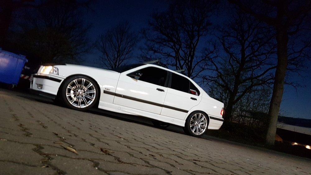 BMW E36 Limo Edition Sport - 3er BMW - E36