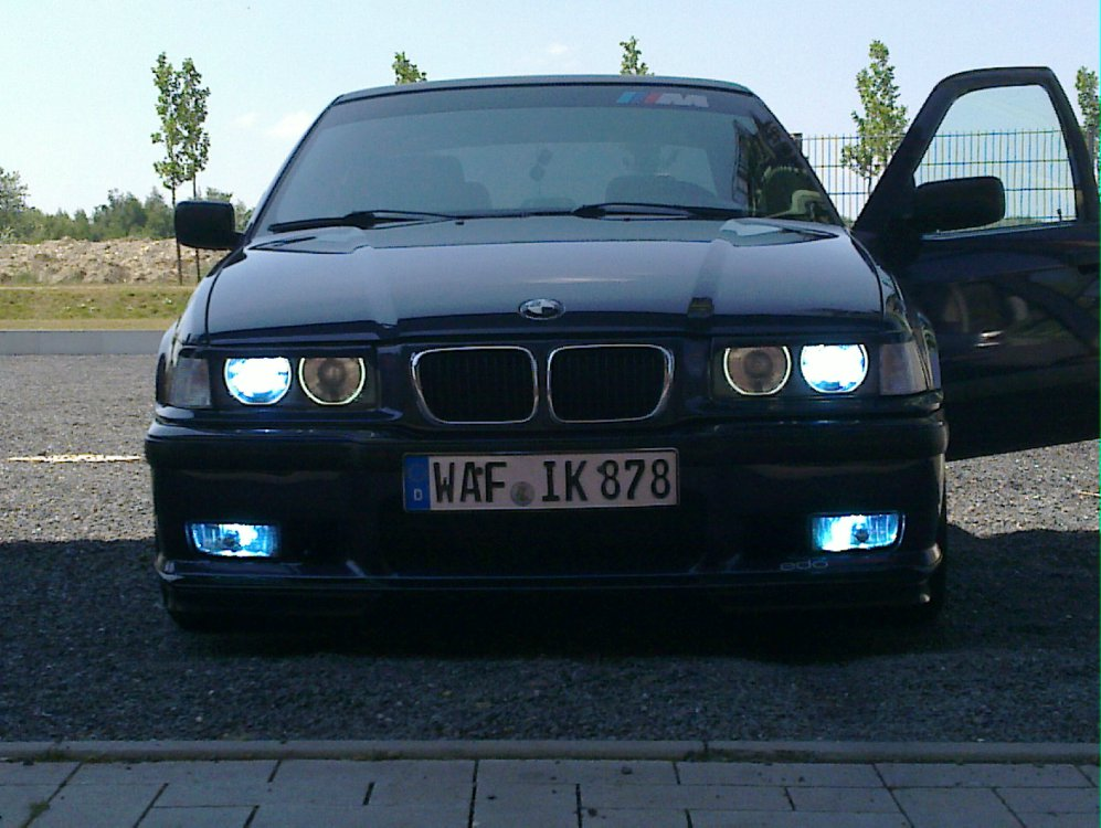 bmw 323i motorsport 3er bmw e36 limousine. Black Bedroom Furniture Sets. Home Design Ideas