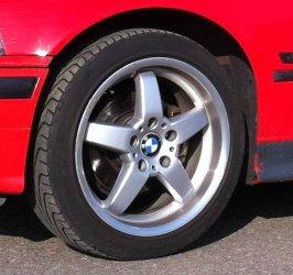 - NoName/Ebay -  Felge in 8.5x17 ET 35 mit Michelin Pilot Sport Reifen in 215/45/17 montiert vorn Hier auf einem 3er BMW E36 316i (Compact) Details zum Fahrzeug / Besitzer
