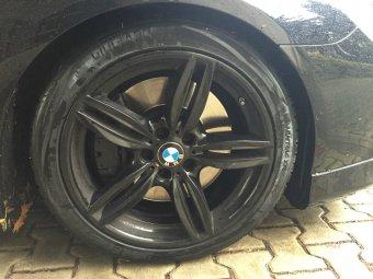 BMW Styling 351 (M Sportpaket) Felge in 8.5x19 ET  mit Vredestein Winter Reifen in 245/40/19 montiert vorn Hier auf einem 6er BMW F13 650i (Coupe) Details zum Fahrzeug / Besitzer