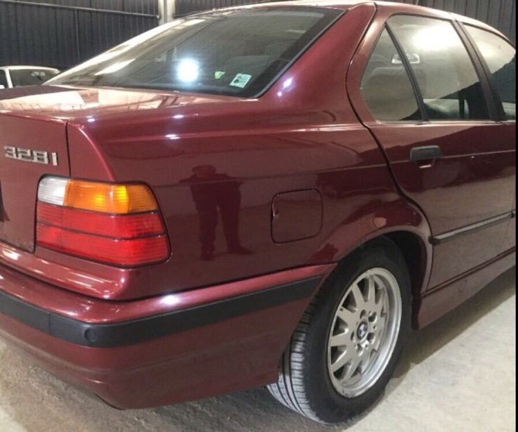 E36, 328 Limousine - 3er BMW - E36