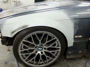 AEZ Antigua Felge in 8x18 ET 30 mit Dunlop  Reifen in 225/40/18 montiert vorn und mit folgenden Nacharbeiten am Radlauf: gebördelt und gezogen Hier auf einem 3er BMW E36 323ti (Compact) Details zum Fahrzeug / Besitzer