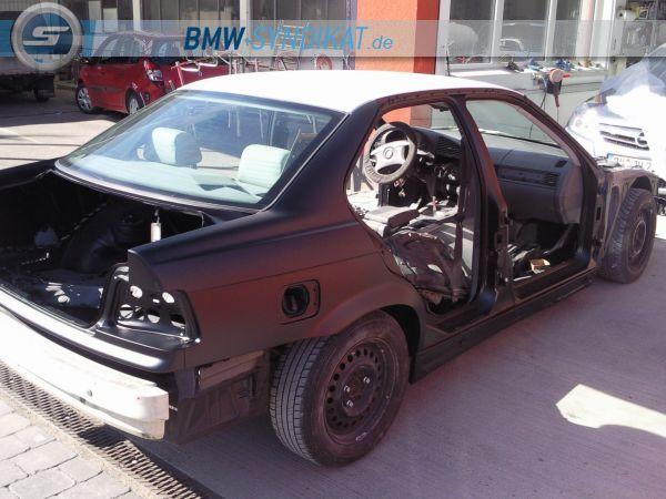 CorpusDelicti - Mattschwarze Revolution - 3er BMW - E36