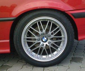 Proline (PLW) PI Titan Felge in 7.5x17 ET 35 mit Dunlop SP Sport Maxx Reifen in 225/45/17 montiert vorn Hier auf einem 3er BMW E36 320i (Cabrio) Details zum Fahrzeug / Besitzer