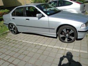 Autec Ethos Felge in 7.5x17 ET 34 mit Pneumant 91W Tritec Sport Reifen in 225/45/17 montiert vorn mit 10 mm Spurplatten Hier auf einem 3er BMW E36 318i (Limousine) Details zum Fahrzeug / Besitzer