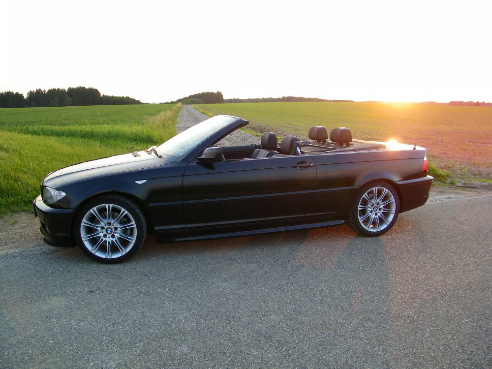 bmw e46 330 cabrio traum in schwarz 3er bmw e46. Black Bedroom Furniture Sets. Home Design Ideas