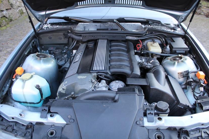 325i Coupé - Gletscherblau - 3er BMW - E36