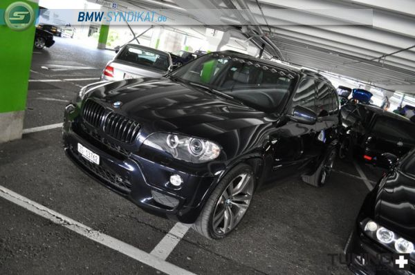 b ser bmw x5 m paket mit 22 zoll bmw x1 x3 x5 x6. Black Bedroom Furniture Sets. Home Design Ideas