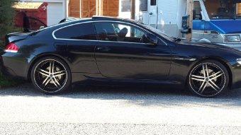 - Eigenbau - Status knight 5 Felge in 9.5x22 ET 15 mit Pirelli  Reifen in 255/30/22 montiert vorn Hier auf einem 6er BMW E63 630i (Coupe) Details zum Fahrzeug / Besitzer