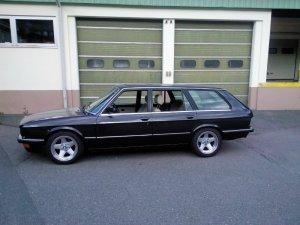 - NoName/Ebay - Penta P1680 Felge in 8x17 ET  mit Semperit  Reifen in 205/50/16 montiert vorn Hier auf einem 5er BMW E28 528i (Limousine) Details zum Fahrzeug / Besitzer