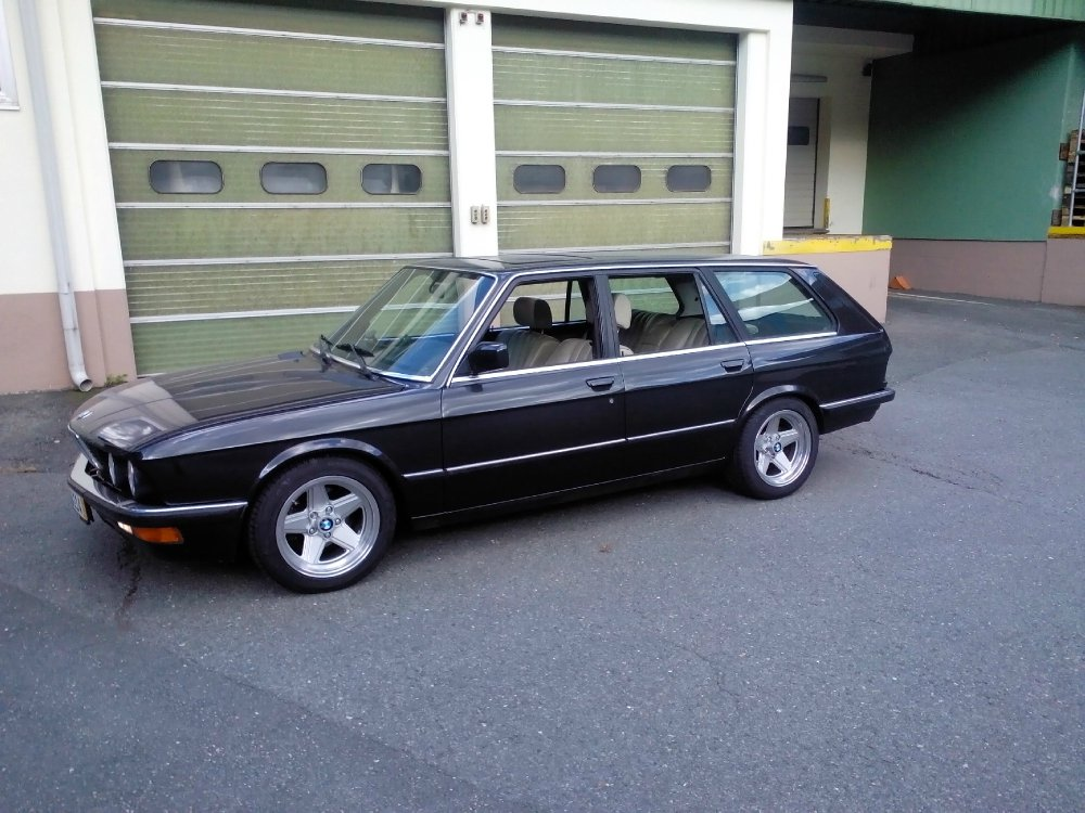 e28 schulz touring fotostories weiterer bmw modelle. Black Bedroom Furniture Sets. Home Design Ideas