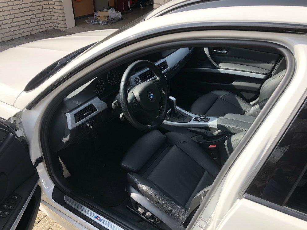 BMW 330xd Touring (e91) - 3er BMW - E90 / E91 / E92 / E93