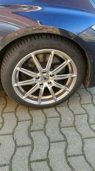- NoName/Ebay - R3 Wheels R3H3 hyper-silver Felge in 8x18 ET 35 mit Michelin Pilot Alpin PA4 Reifen in 225/45/18 montiert vorn Hier auf einem 3er BMW F30 328i (Limousine) Details zum Fahrzeug / Besitzer