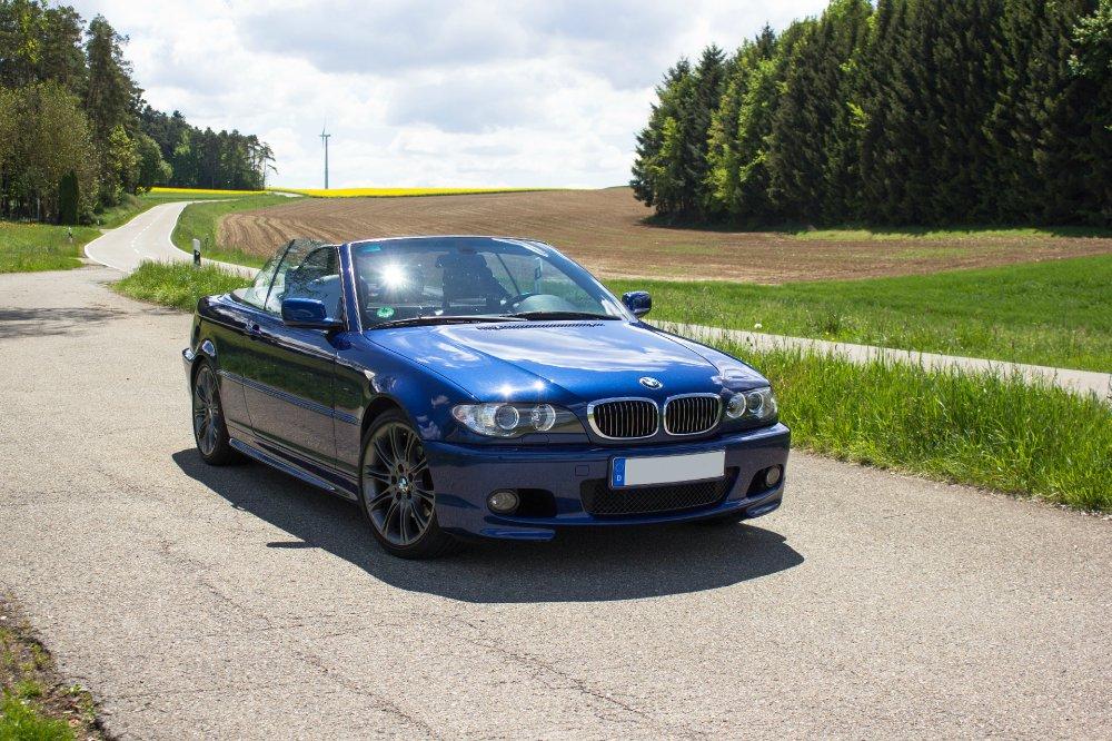 Le Mans-blaues 325i Cabrio - 3er BMW - E46