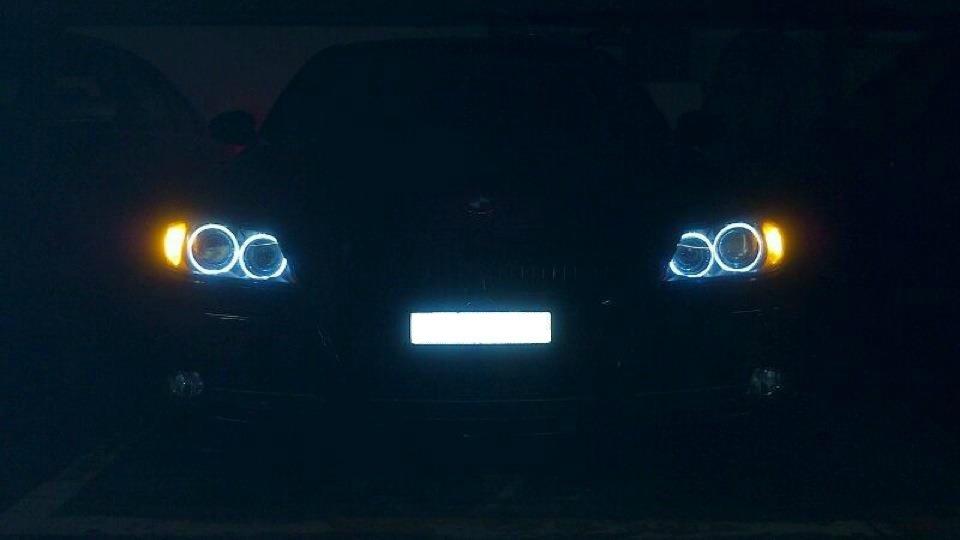 330i E90 monacoblau - 2005, manuell - 3er BMW - E90 / E91 / E92 / E93