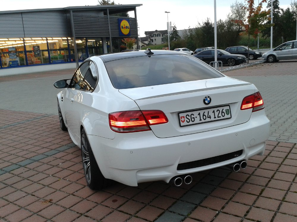 m3 e92 coupe alpinweiss 2008 dkg 3er bmw e90 e91 e92 e93 m3 tuning fotos. Black Bedroom Furniture Sets. Home Design Ideas