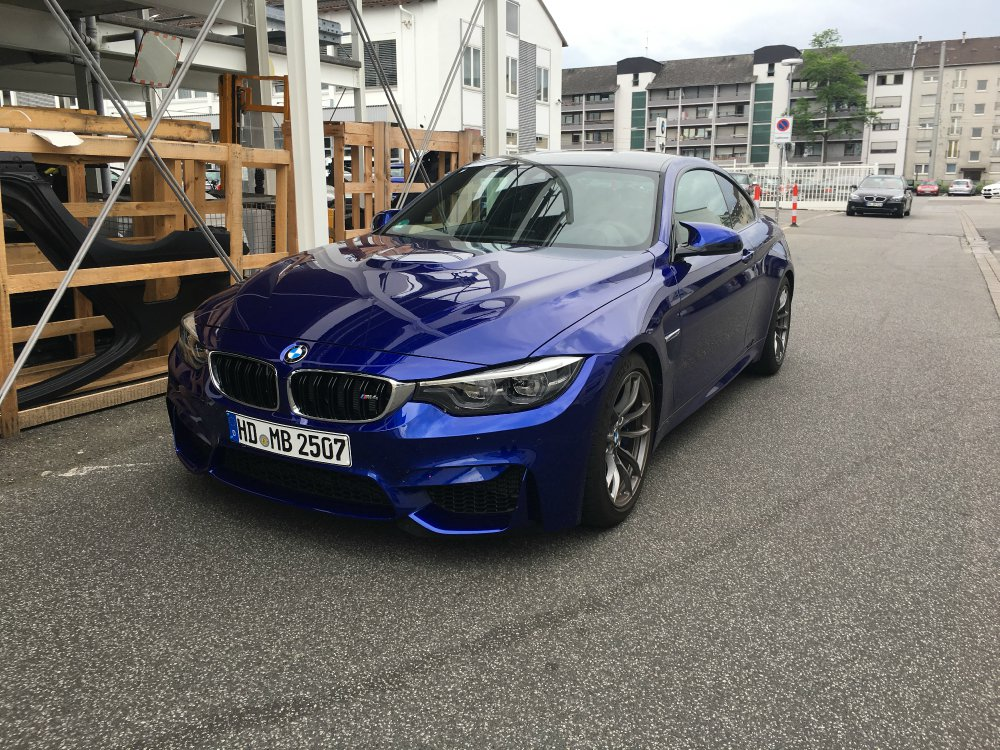 bmw m4 lci individual san marino blau metallic 4er bmw. Black Bedroom Furniture Sets. Home Design Ideas