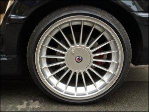 Alpina Classic Felge in 10x20 ET 20 mit Bridgestone Potenza Reifen in 285/30/20 montiert hinten mit 15 mm Spurplatten Hier auf einem 7er BMW E38 740i (Limousine) Details zum Fahrzeug / Besitzer