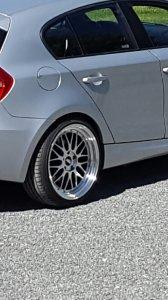 - Eigenbau - IB Le Mans Felge in 9.5x19 ET 35 mit Hankook Ventus S1 Evo 2 Reifen in 235/35/19 montiert hinten und mit folgenden Nacharbeiten am Radlauf: gebördelt und gezogen Hier auf einem 1er BMW E87 118d (5-Türer) Details zum Fahrzeug / Besitzer